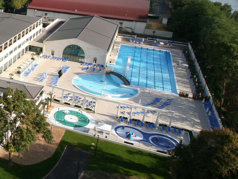 La piscine du palais des sport de puteaux for Piscine du palais des sports a nanterre nanterre