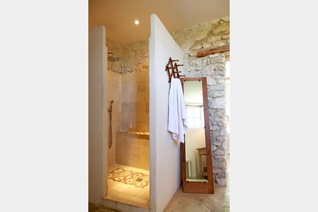 Salle de bains esprit authentique