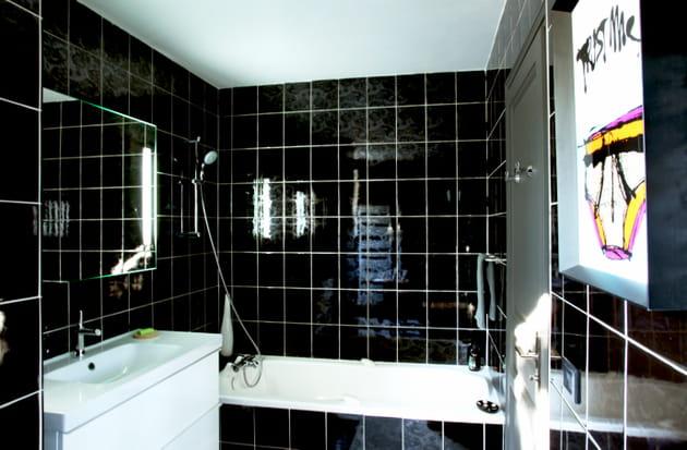 Une salle de bains électrique