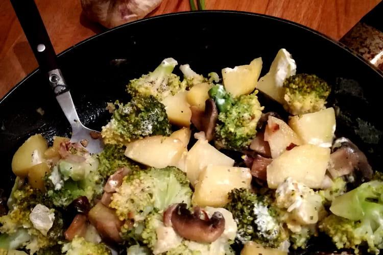 Poêlée de légumes au fromage ail et fines herbes