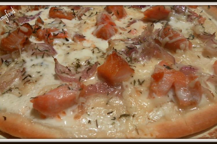 Pizza saumon fumé et crème fraiche
