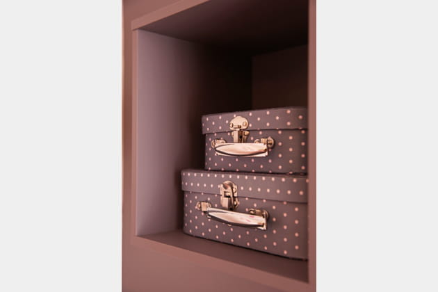 Des mini valises superposées