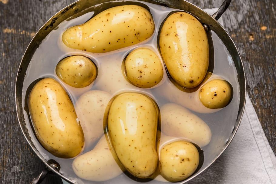 Comment cuire des pommes de terre en 5minutes?