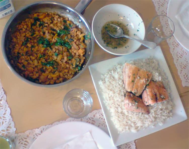 Saumon haricots blancs aux poivrons et riz - Cuisiner poisson congele ...