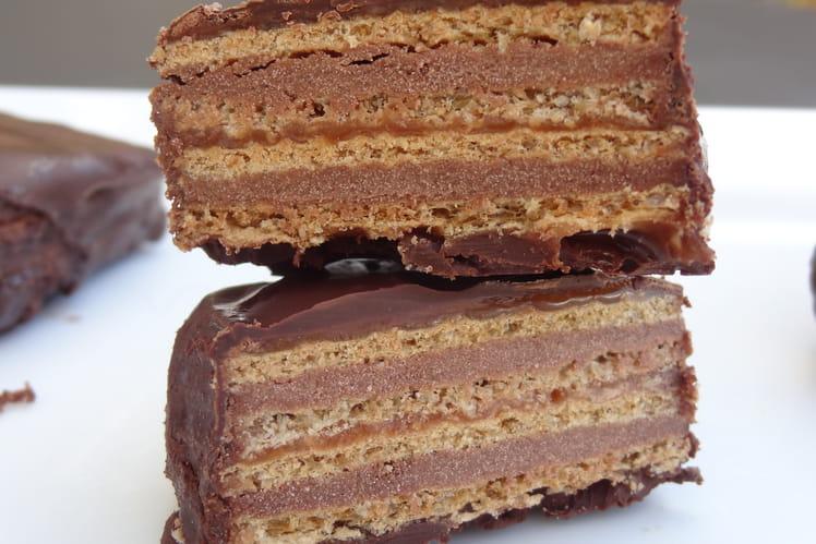 Carrés de gaufrettes choco-caramel