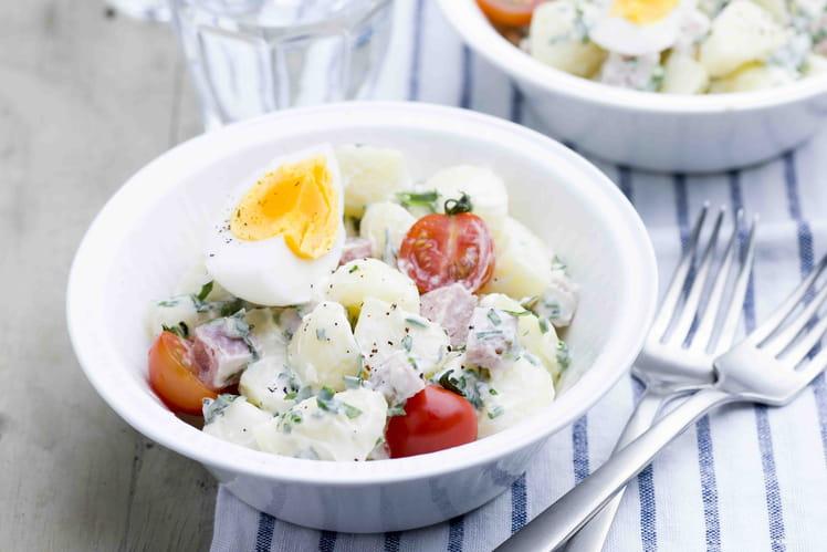Œuf mollet, pommes de terre aux herbes et parmesan