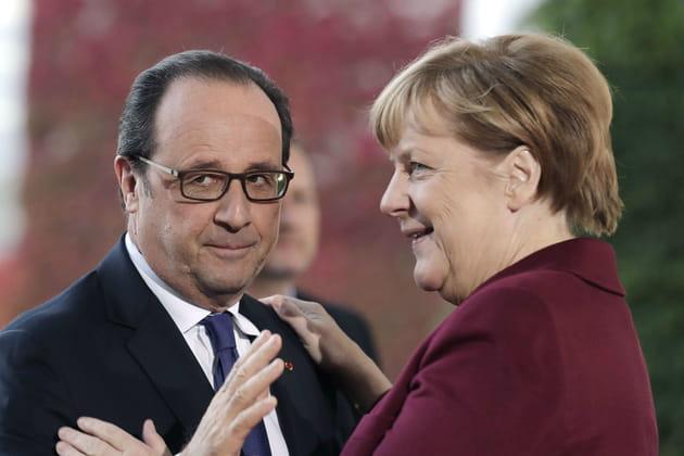 Angela Merkel et François Hollande en plein slow