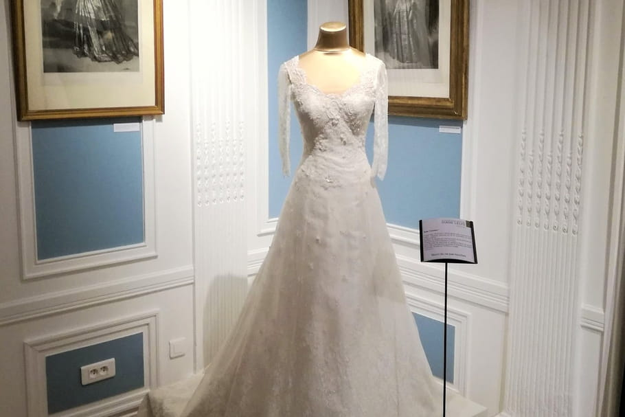 Dentelle de Chantilly, de l'artisanat ancestral aux robes de mariée