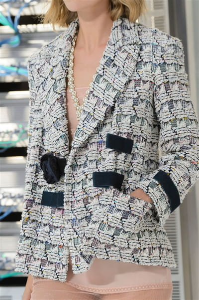Chanel (Close Up) - photo 3
