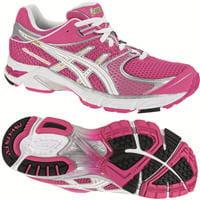 choisissez des chaussures adaptées à votre taille et aux pieds des femmes.