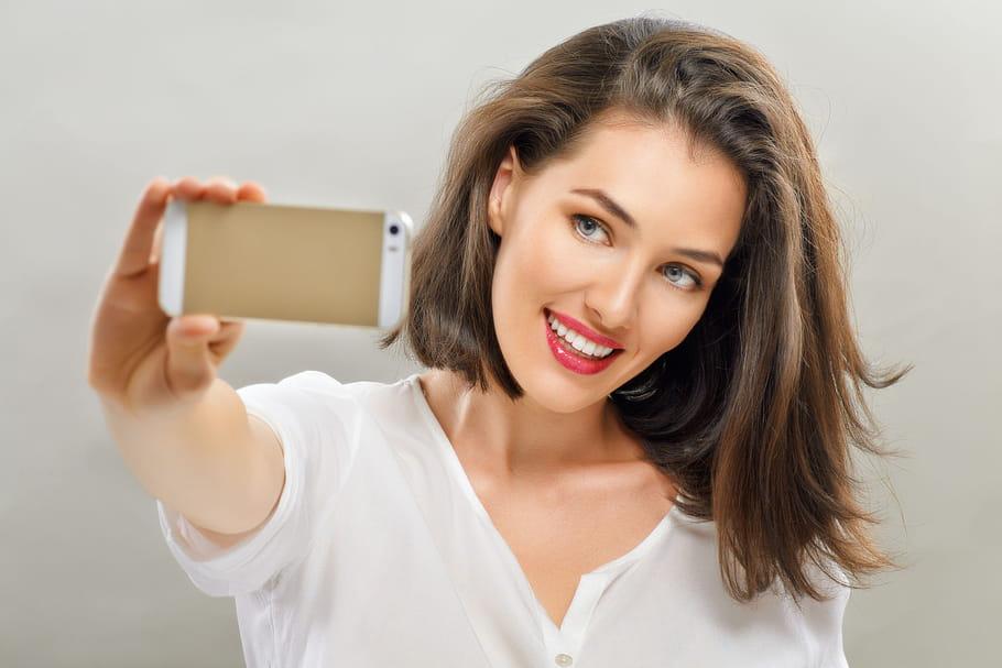 5astuces imparables pour être jolie sur un selfie