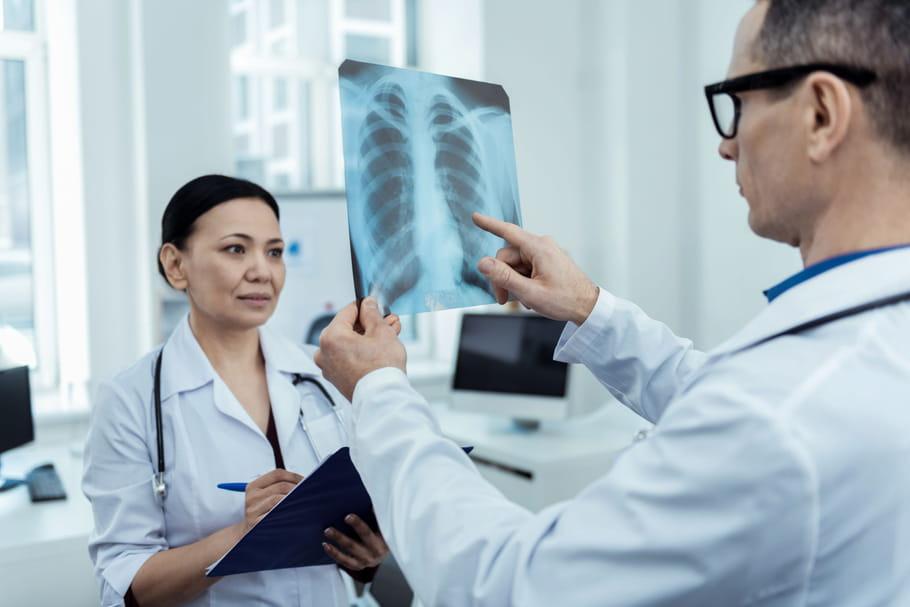 Eau dans le poumon: comment soigner un œdème pulmonaire?