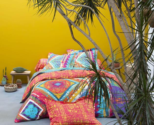 linge de lit en patchwork ethnique par becquet. Black Bedroom Furniture Sets. Home Design Ideas