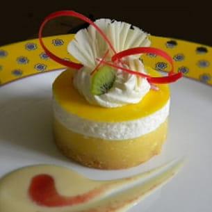 sablé noisette, crème passion et écume citron vert