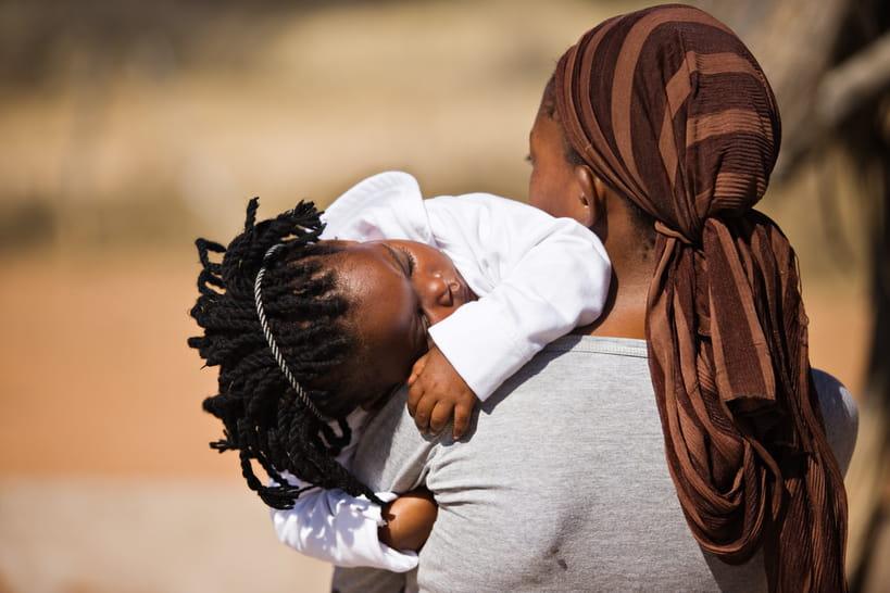 Mutilations génitales féminines: pourquoi la lutte continue