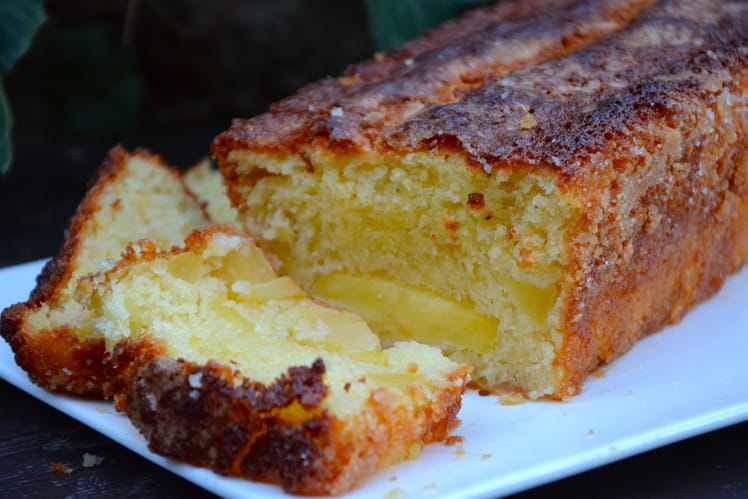 Cake aux pommes classique
