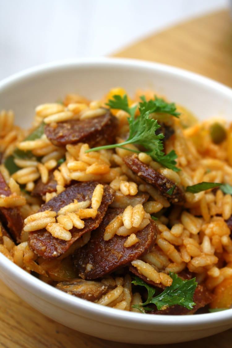 Recette de salade de p tes au chorizo poivrons et champignons grill s au four la recette facile - Chorizo a griller recette ...