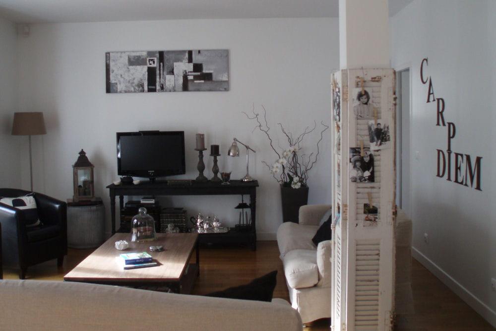 visitez la maison de florence. Black Bedroom Furniture Sets. Home Design Ideas