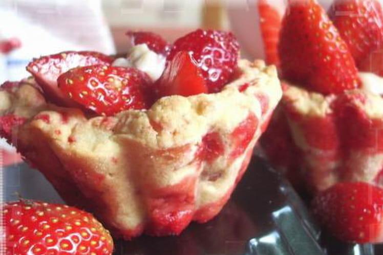 Muffins de tartelettes aux fraises et pralines