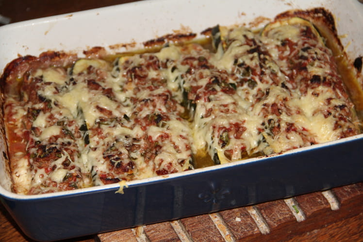 Courgettes farcies à la viande, cumin et coriandre
