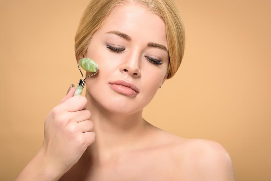 Massage facial: tout savoir sur cette pratique ancestrale anti-âge