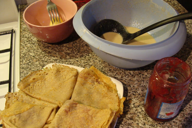 Pâte à crêpe au sarrasin, gingembre et cannelle