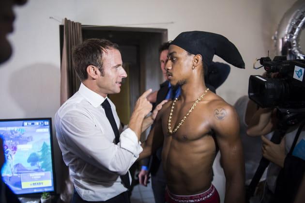 Emmanuel Macron, donneur de leçon à un braqueur