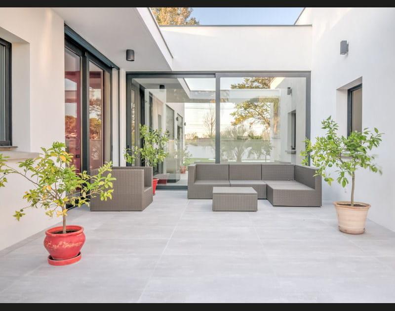 Salon d'été au patio