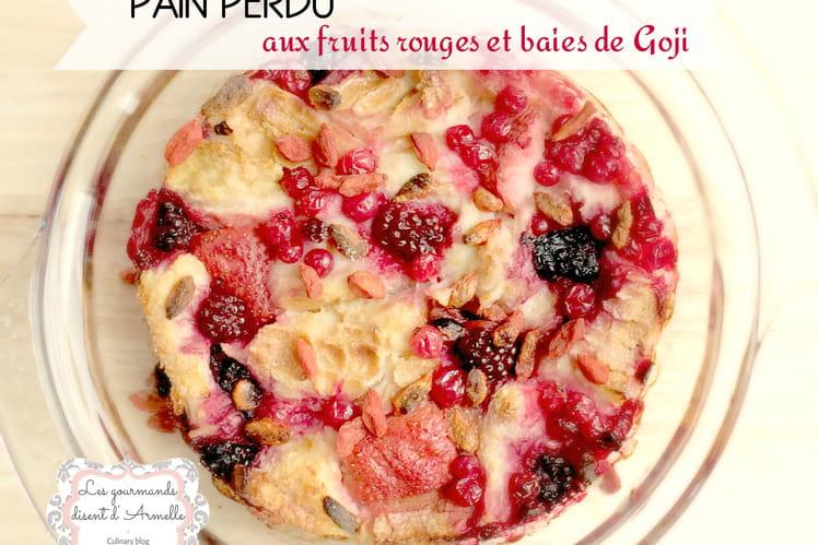 Pain perdu aux fruits rouges et aux baies de goji