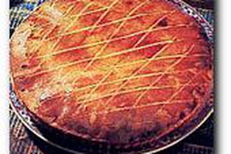 Gâteau aux cerises, rhum et zestes d'agrumes
