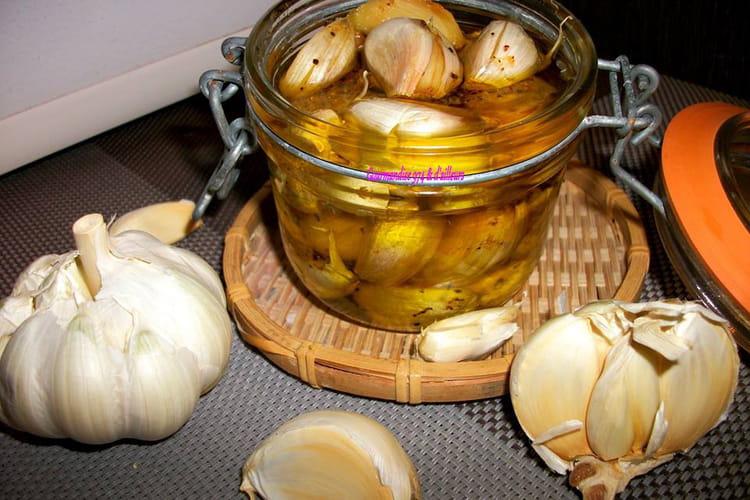 Ail confit à l'huile d'olive et au poivre