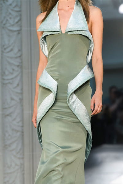 Alexis Mabille (Close Up) - photo 3