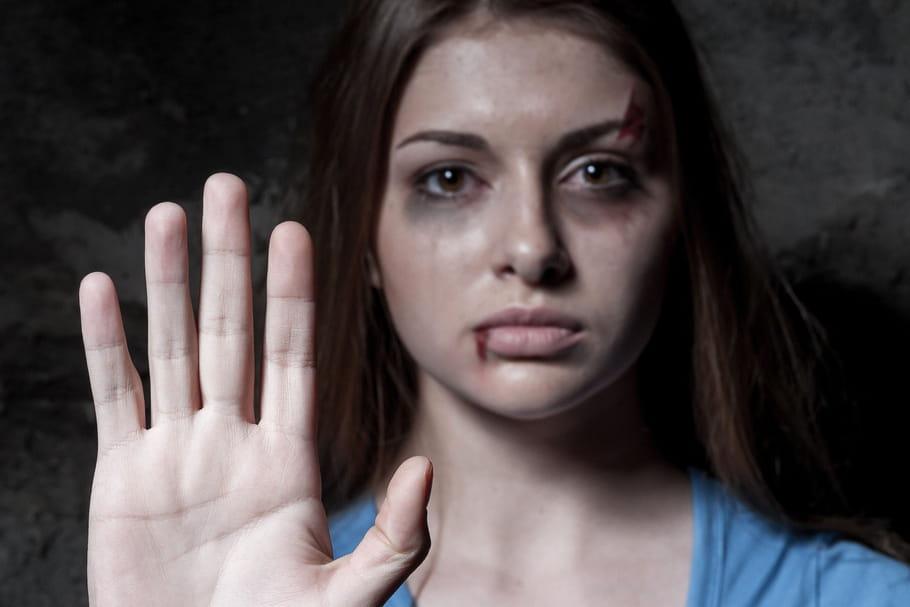 122 femmes mortes en 2015 sous les coups de leur compagnon