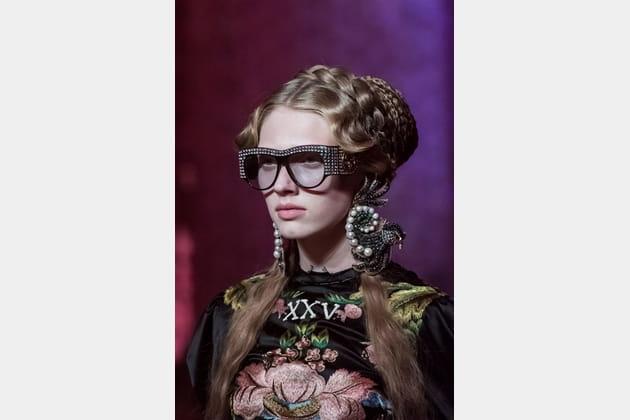 Gucci (Close Up) - photo 28
