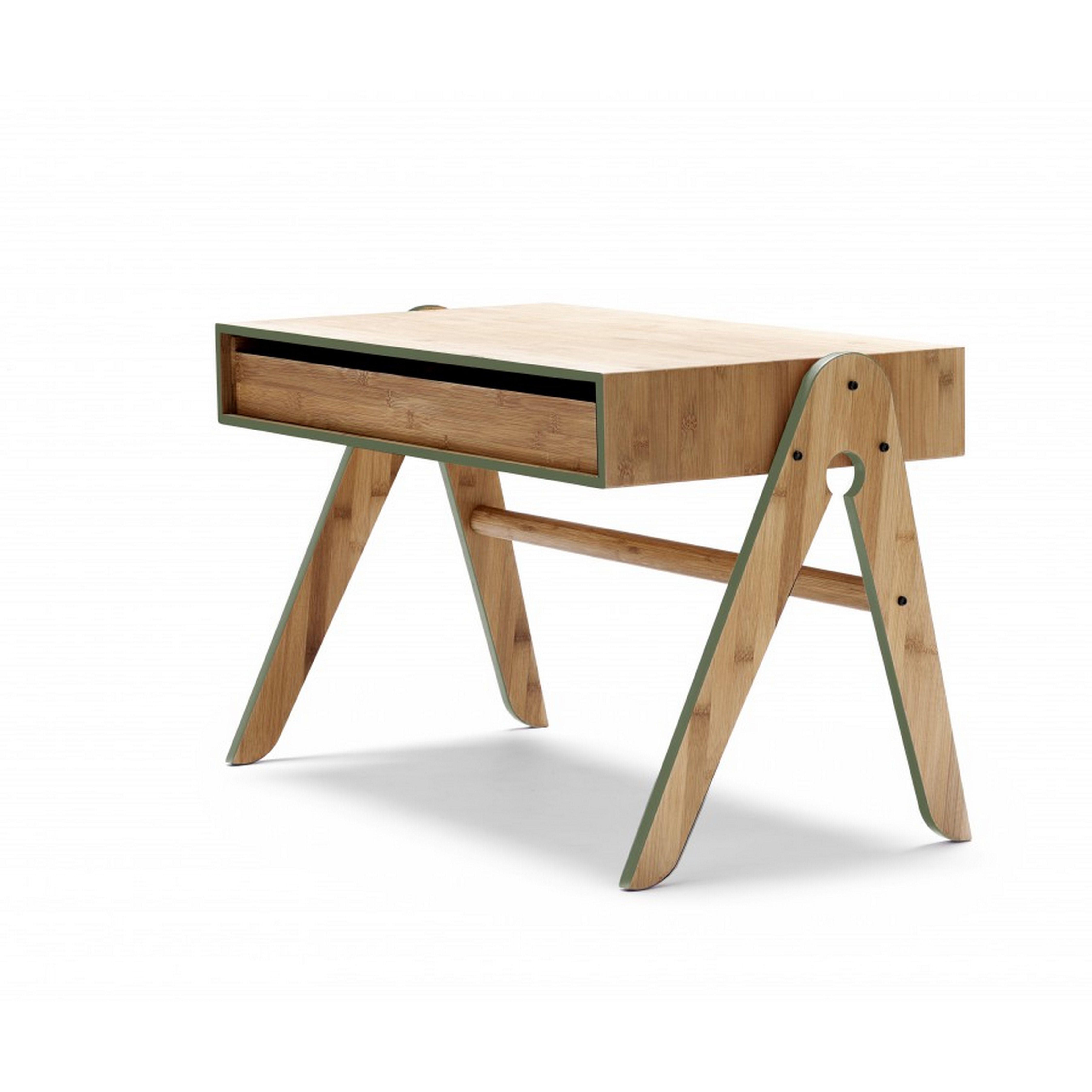 bureau en bambou we do wood chez l o le pirate. Black Bedroom Furniture Sets. Home Design Ideas