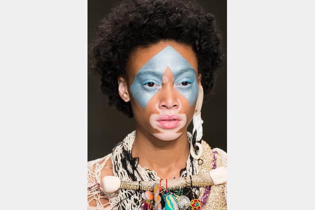 Fashion East (Close Up) - photo 34