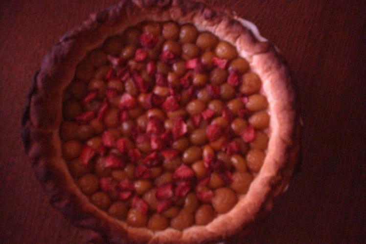 Tarte aux mirabelles sur nuage de fraises vanillées