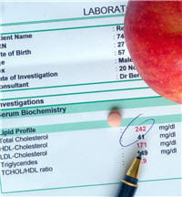 faire une prise de sang régulièrement permet de suivre son taux de cholestérol