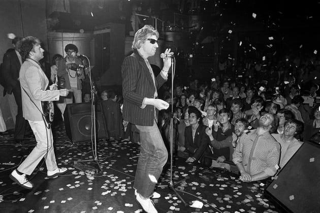 Sur scène avec le groupe de rock francais Bijou