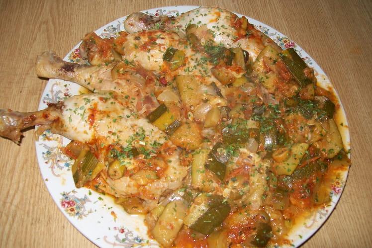 Cuisses de poulet et courgettes à la sauce tomates
