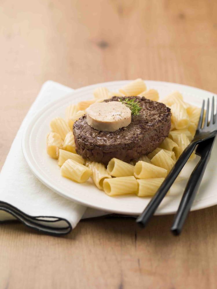 recette de steak hach fa on rossini la recette facile. Black Bedroom Furniture Sets. Home Design Ideas
