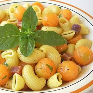 pâtes fraîcheur au melon, jambon de parme et basilic