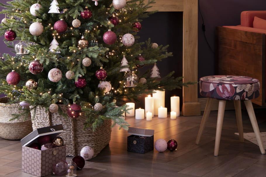 Comment décorer le pied de son sapin de Noël ? Décoration   Le