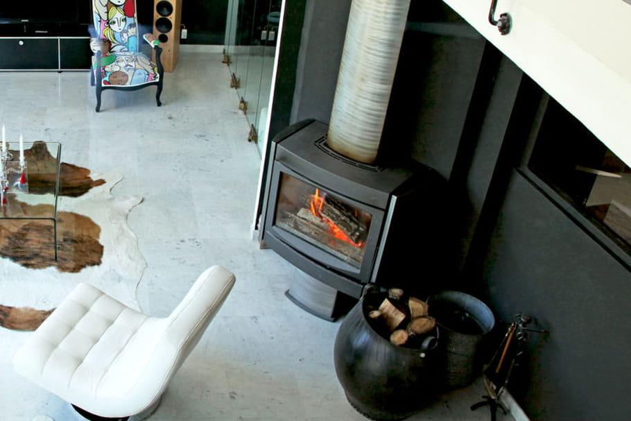 comment installer un po le bois. Black Bedroom Furniture Sets. Home Design Ideas