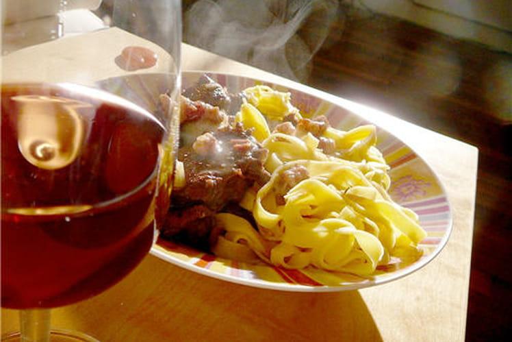 Boeuf bourguignon rapide parfumé au persil