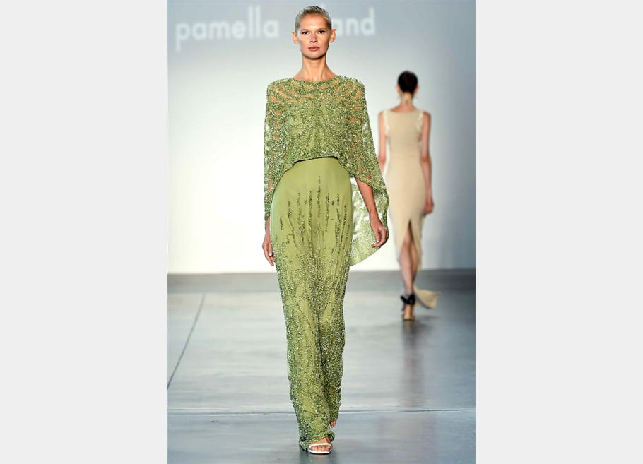 Pamella Roland - passage 15