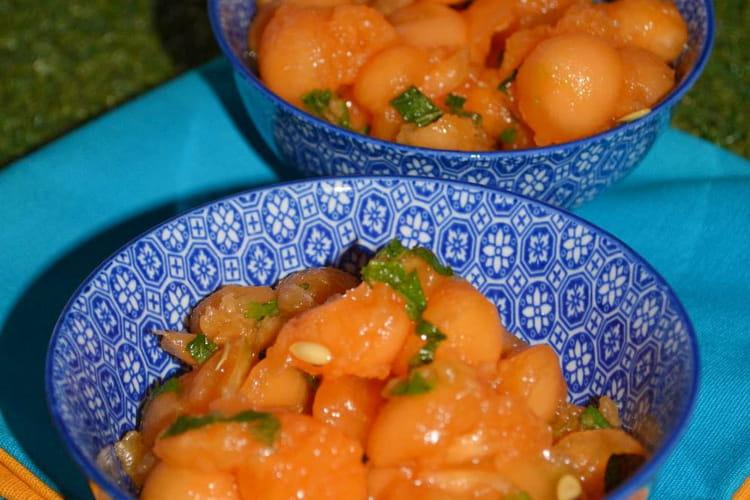 Salade fraîche au melon et à la menthe