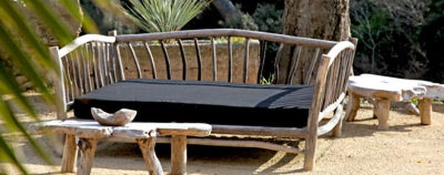 le bois dans la maison entretien et associations. Black Bedroom Furniture Sets. Home Design Ideas