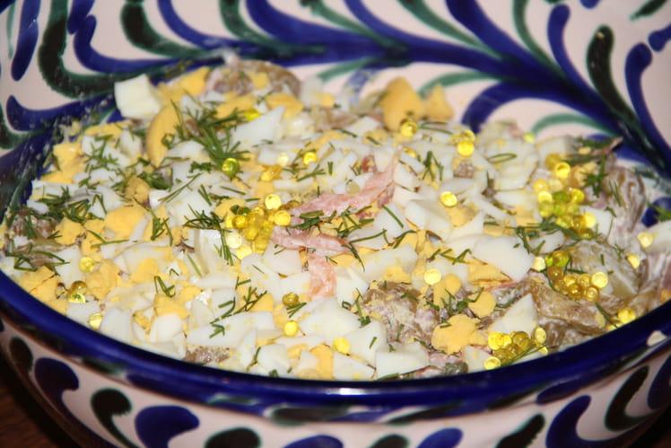 Salade de pommes de terre au saumon fumé et à l'aneth