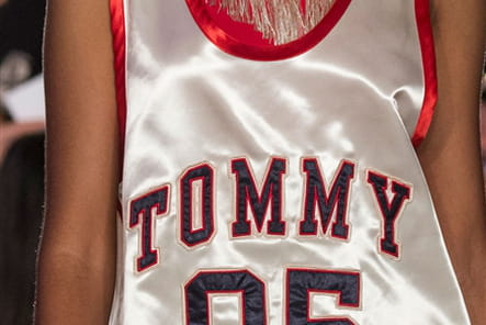 Tommy Hilfiger (Close Up) - photo 34